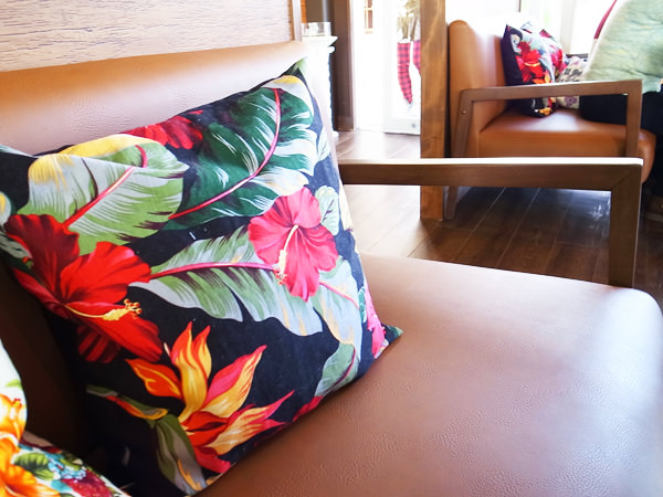コナリゾートカフェ ソファ